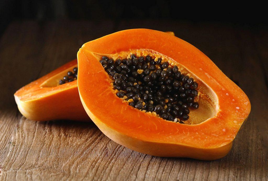 Ce-beneficii-are-fructul-papaya-asupra-sanatatii-1024x692.jpg