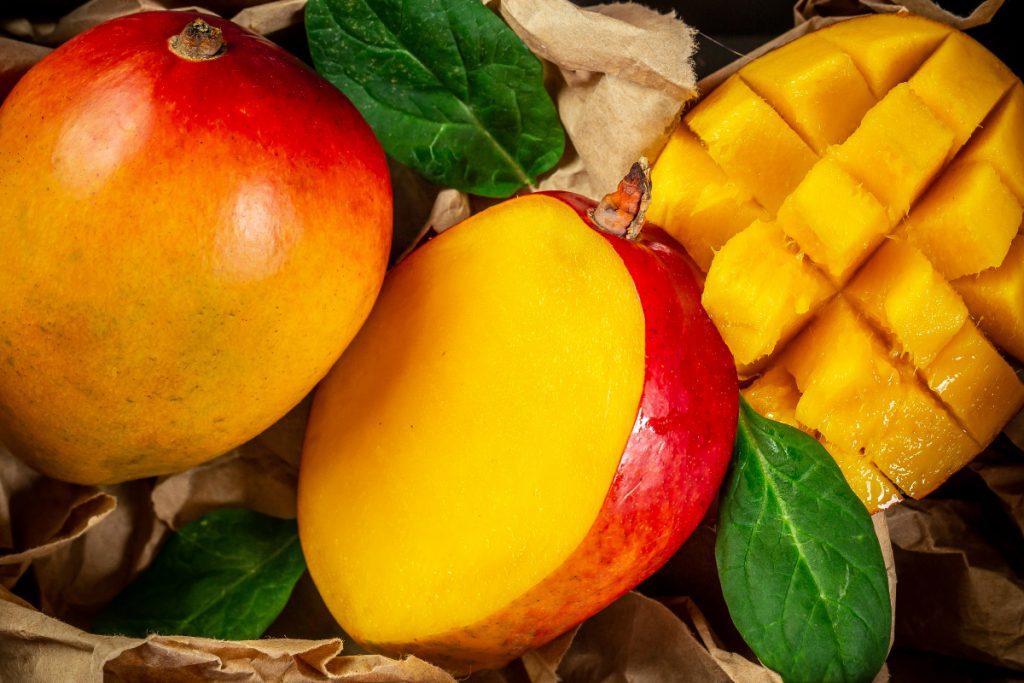 Mango-si-beneficiile-pentru-sanatate-2-1024x683.jpg
