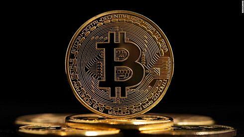 dezbatere-despre-bitcoin-&-criptomonede:-prindem-acum-acest-tren-de-mare-viteza-sau-mai-asteptam?